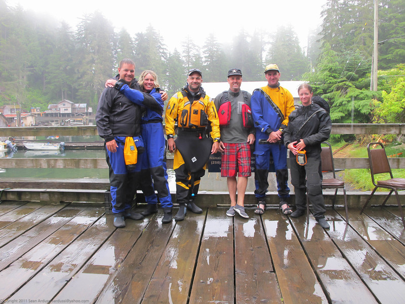 Group picture at Kyuquot village