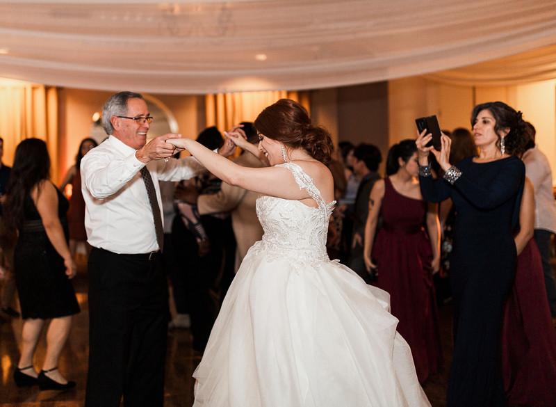 Alexandria Vail Photography Wedgewood Fresno Wedding Alexis   Dezmen845.jpg