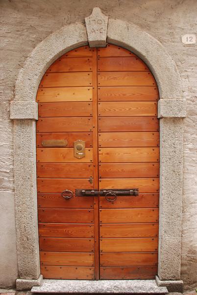 More doors, Cadenabbia, Italy