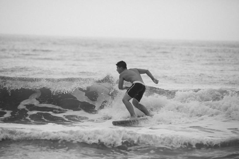Surf_BW_018.jpg