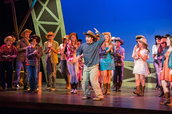 2014-LOHS-Footloose