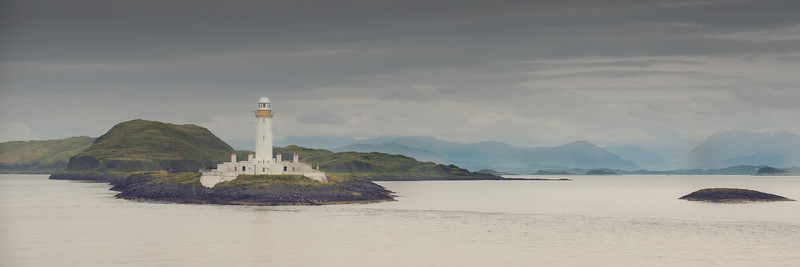 Eilean Musdile and the Mountains