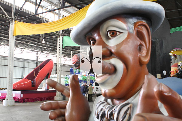 "Mardi Gras World, River Edge  & ""MANSION"""