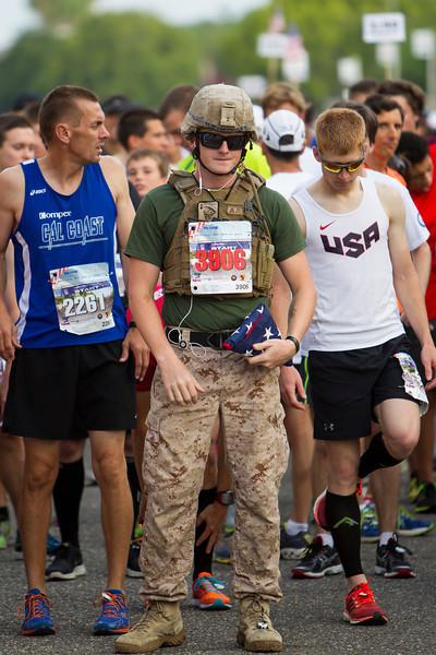 USMC_Runner_AE4E1009.jpg