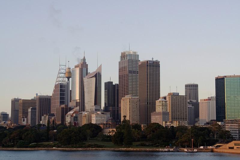 Sydney at Dawn 3.jpg