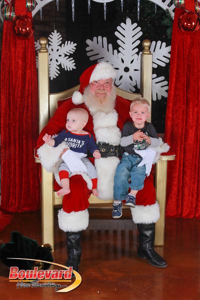 Santa 12-17-16-554.jpg