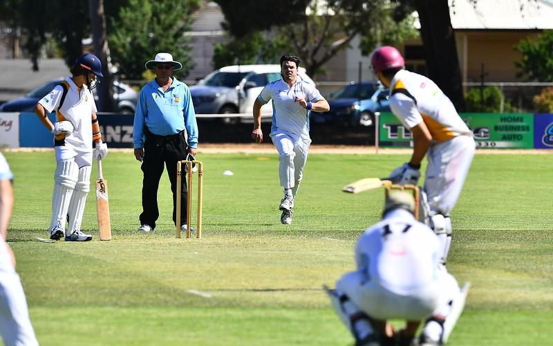 """A"" Grade Loxton v Renmark North (Round 5) (Loxton batting)"