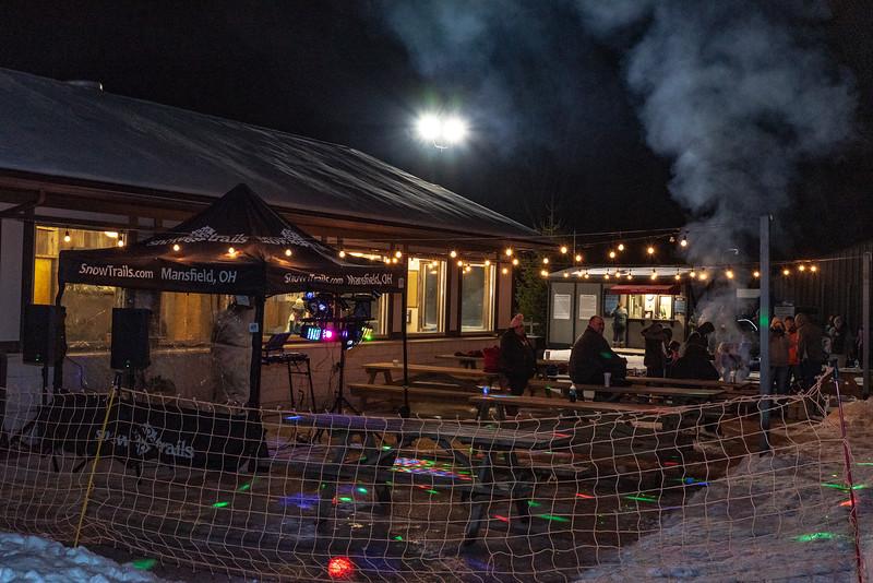 Glow-Tubing_Snow-Trails_Mansfield-OH-71318.jpg