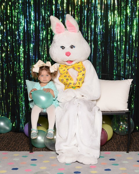 20180331_MoPoSo_Tacoma_Photobooth_LifeCenterEaster18-26.jpg