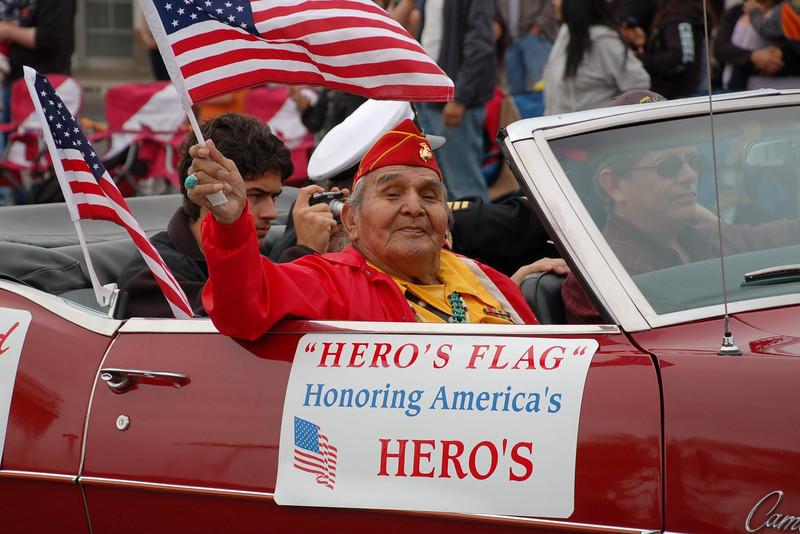 2011 Phx VA Vets Parade-20.JPG
