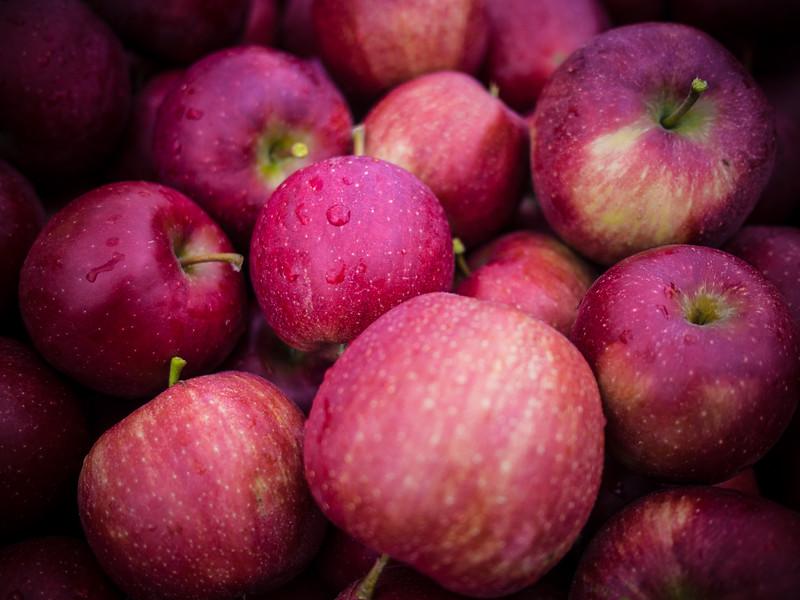 red prince apples 3.jpg