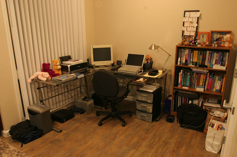 """A closer look at the home office.  Note the dated 15"""" CRT in the left corner.  :(... Sold all of my LCDs once I got the laptop."""