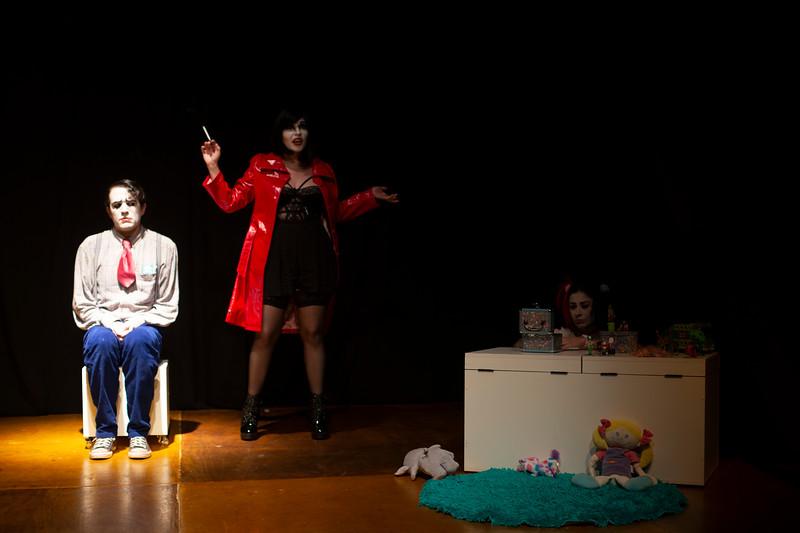 Allan Bravos - essenCIA Teatro - Persona 07-86.jpg