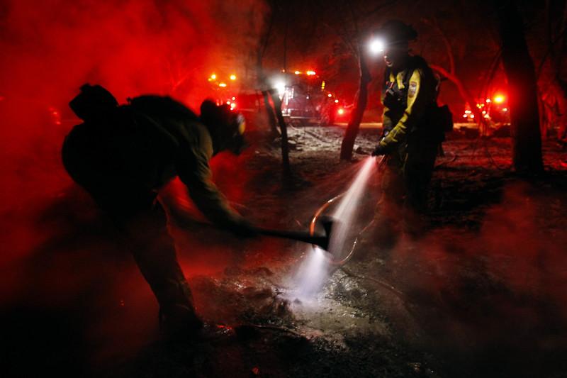 sd-cal-fire-2472-mop-up-after-lilac-fire-20171209-2.jpg
