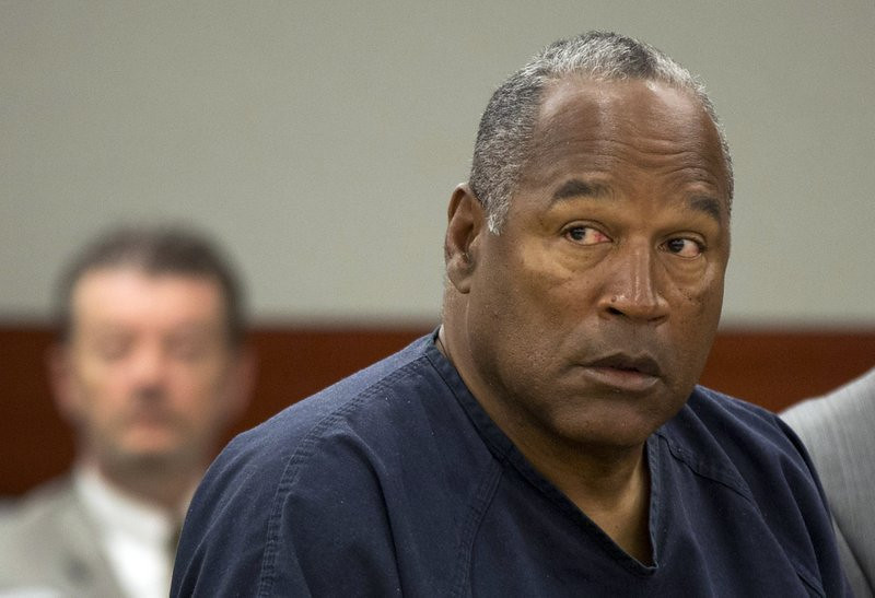 """. <p>10. (tie) O.J. SIMPSON <p>Guess he has a lot more time to kill in prison. (unranked) <p><b><a href=\'http://www.reviewjournal.com/news/oj-simpson-denied-new-trial-2007-robbery-case\' target=\""""_blank\""""> HUH?</a></b> <p>    (AP Photo/Julie Jacobson, Pool, File)"""