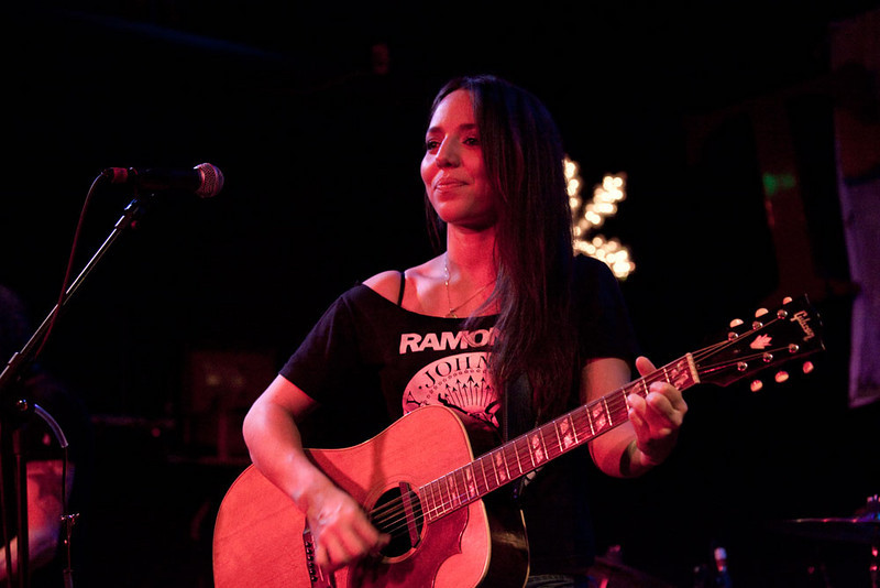 Kristen Ward - Tractor Tavern  - Seattle WA  - 122609