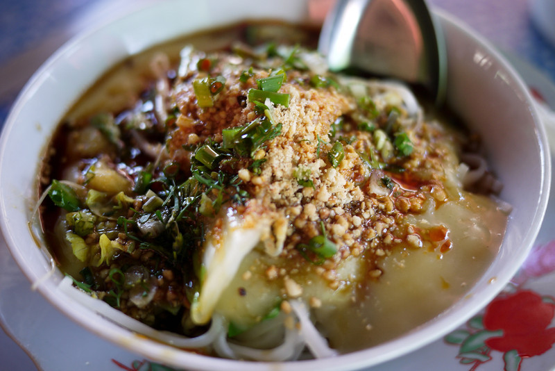 A gorgeous bowl of warm Shan noodles and liquid tofu, tophu nway, in Inle Lake, Burma (Myanmar).