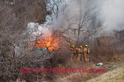 Greenleaf Vehicle Fire 12-15-2015
