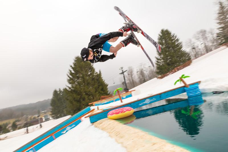 Pool-Party-Jam-2015_Snow-Trails-718.jpg