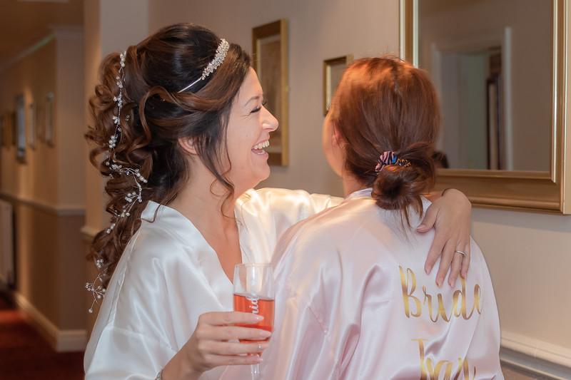 01 Bridal Prep-16.jpg