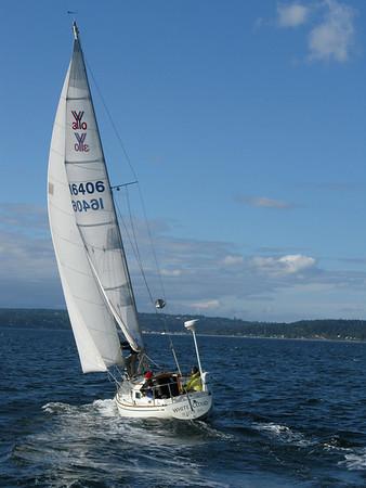 2008.10.18 White Cloud sailing