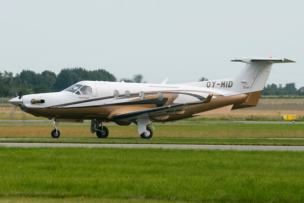 OY-MID - Pilatus PC-12/45