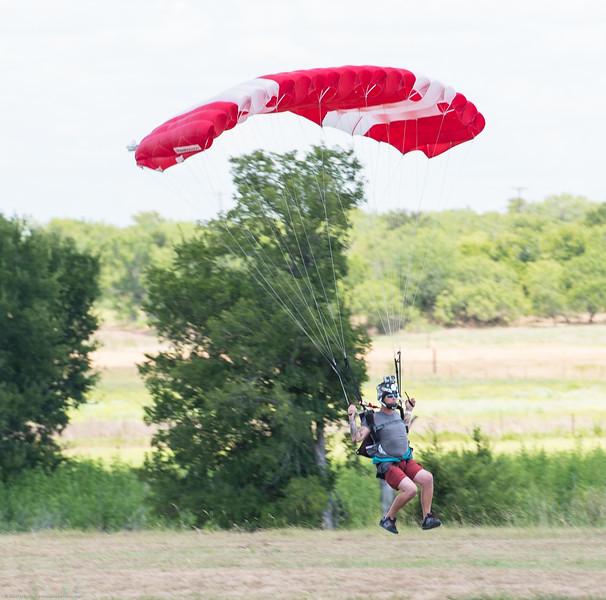 SkydivingEdited-35.jpg