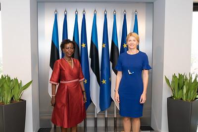 Entretien avec la Ministre des Affaires étrangères de la République d'Estonie, Mme Eva-Maria Liimets - Tallinn