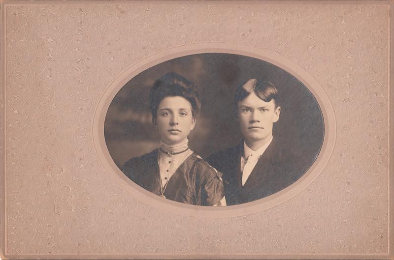 Ray & Mae Sullivan.jpg