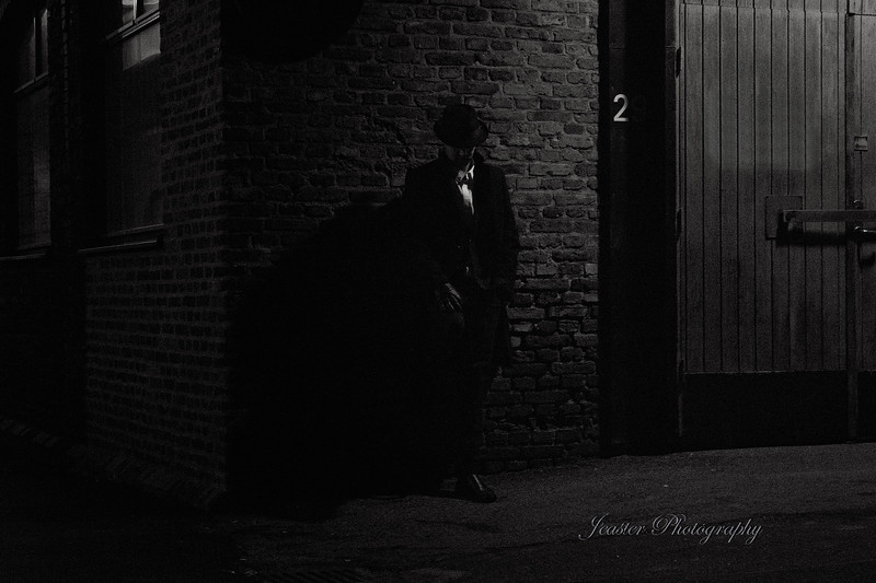 film-noir-waitingin-the-shadows-jeaster-photography.jpg