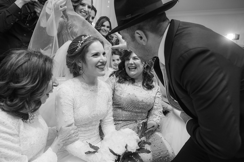 Miri_Chayim_Wedding_BW-480.jpg