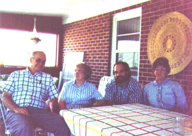 Wayne, Bonnie, Dave & Connie  2-1.jpg