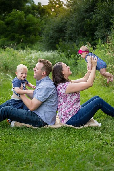 Reuter Family-3.jpg