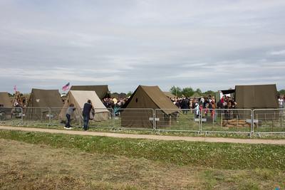 Reproduction des camps américain et allemand