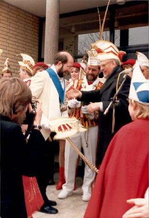 1987-11.jpg
