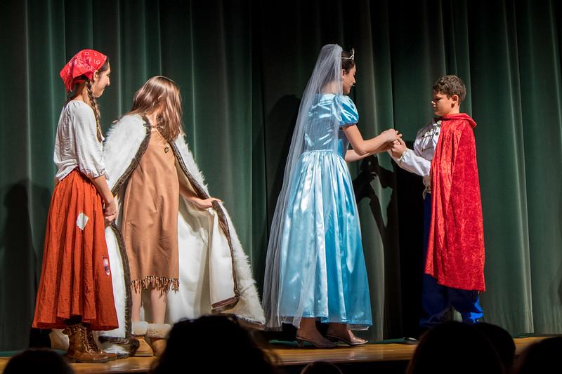2015-11 Cinderella Performance 0118.jpg