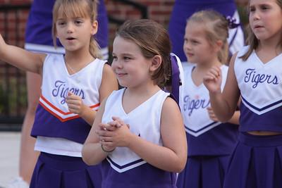 DS Cheerleaders PigSkin Picnic 2010
