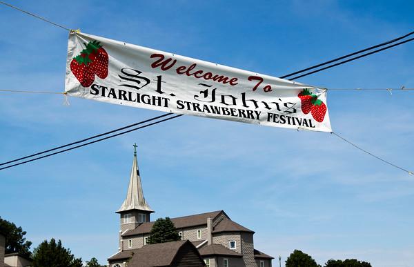 2015 Starlight Strawberry Festival