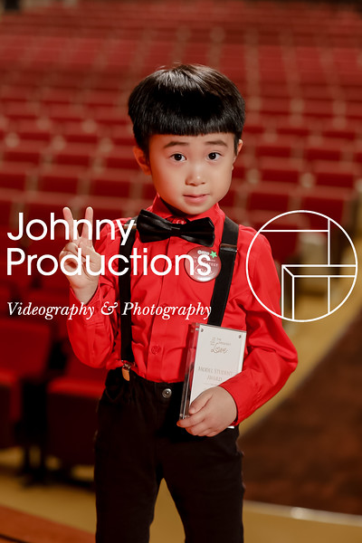 0033_day 1_award_red show 2019_johnnyproductions.jpg