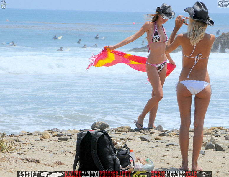 leo carillos surf's up beautiful swimsuit model 45surf 1568,4,4,