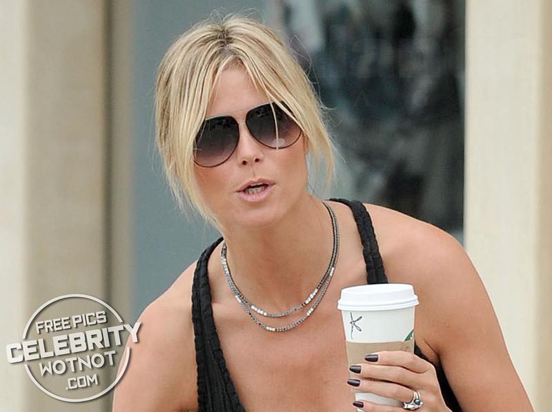 """Heidi Klum Has a """"K"""" For Klum On Her Starbucks Coffee Cup! LA"""