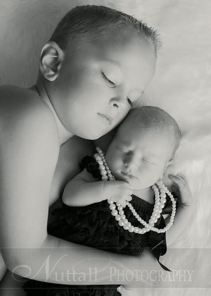 Natalie Newborn 03bw.jpg