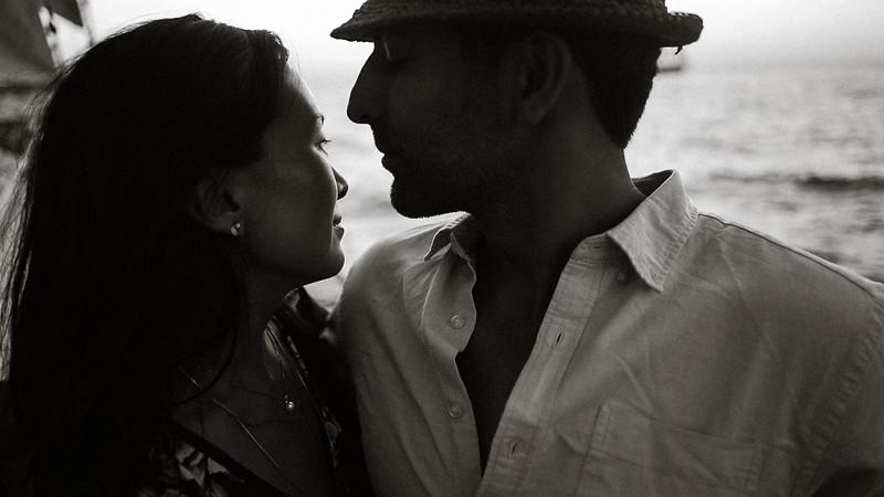 Tu-Nguyen-Destination-Wedding-Photographer-Santorini-Rocabella-Hotel-Euna-Ehsan-74-11.jpg
