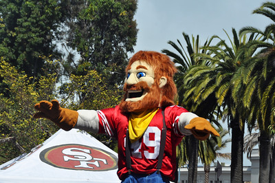 Niners Red and Gold Rally 9.12.2012