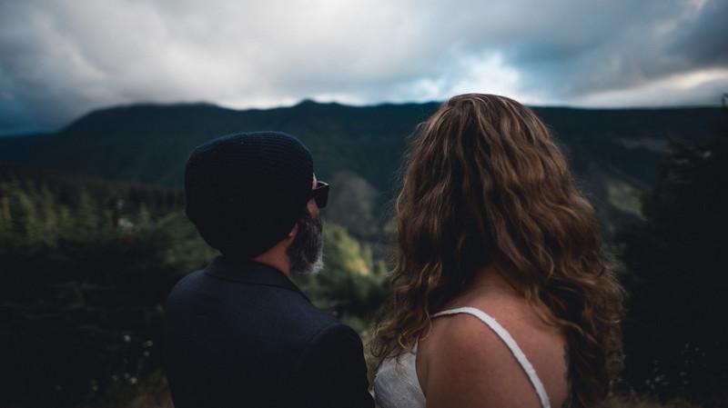 Travel Adventure Wedding Photographer - Mt Rainier - Rose-40.jpg