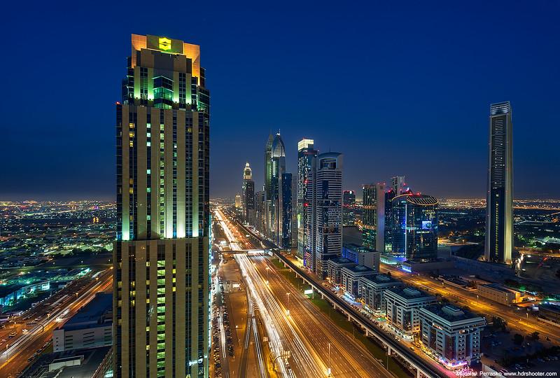 Dubai-IMG_7984-web.jpg
