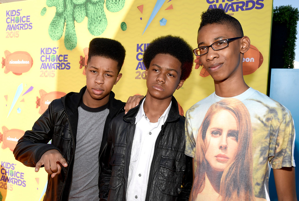. Alec Atkins, from left, Jarad Dawkins and Malcom Brickhouse, of Unlocking the Truth, arrive at Nickelodeon\'s 28th annual Kids\' Choice Awards at The Forum on Saturday, March 28, 2015, in Inglewood, Calif. (Photo by Chris Pizzello/Invision/AP)