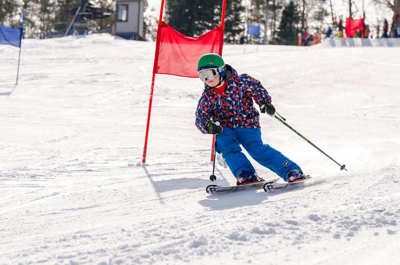 Standard-Races_2-7-15_Snow-Trails-66.jpg