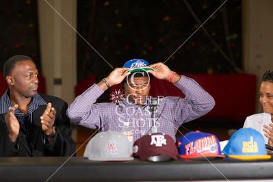 2013-11-21 Basketball Varsity Men's Justise Winslow signs Duke