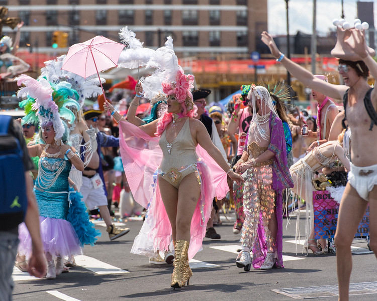 2019-06-22_Mermaid_Parade_0230.jpg